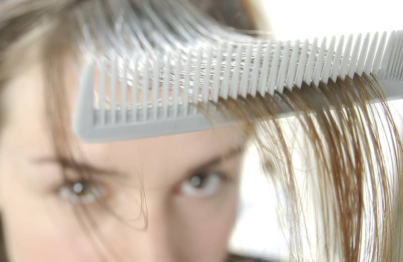 Combing_hair_img
